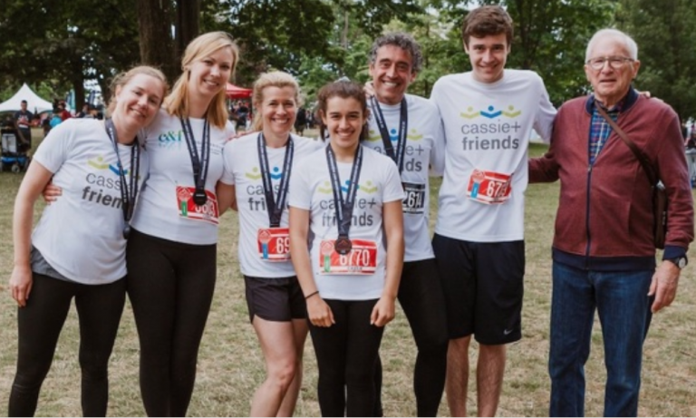 Brown Lab scientists (far left), Dr Martina Sundqvist (MPharm, PhD) and Iwona Niemietz (MPharm) with Cassie Porte (centre) and her family, and (far right) pediatric rheumatologist, Dr Ross Petty (MD, PhD) at the 2019 Scotiabank Charity Challenge. Image Credit: Cassie and Friends.